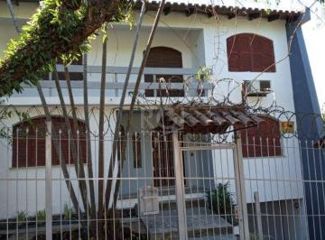 Casa · 220m² · 3 Quartos · 3 Vagas