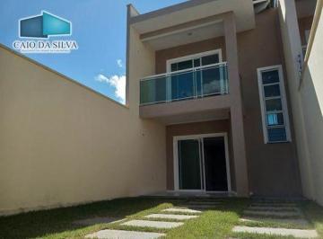 Casa · 124m² · 4 Quartos · 2 Vagas