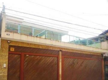 Casa · 300m² · 4 Quartos · 6 Vagas