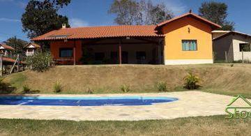 Casa · 280m² · 4 Quartos · 6 Vagas