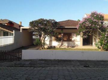 Casa · 201m² · 4 Quartos · 3 Vagas