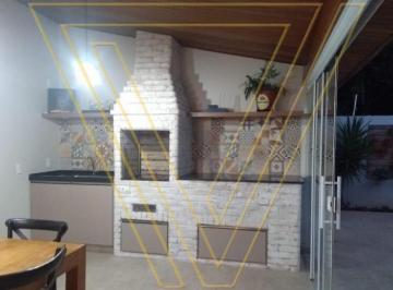 Casa · 160m² · 4 Quartos · 3 Vagas