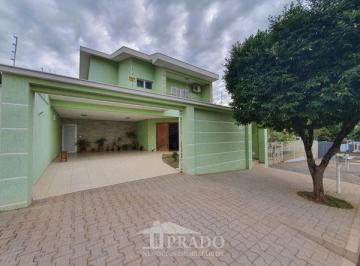 Casa · 257m² · 4 Quartos · 4 Vagas