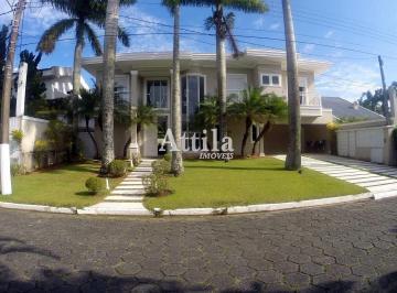 Casa · 640m² · 7 Quartos · 4 Vagas