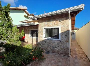 Casa · 190m² · 3 Quartos · 5 Vagas