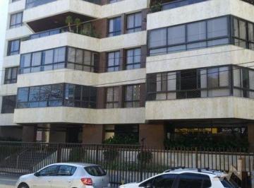 Apartamento · 441m² · 4 Quartos · 4 Vagas