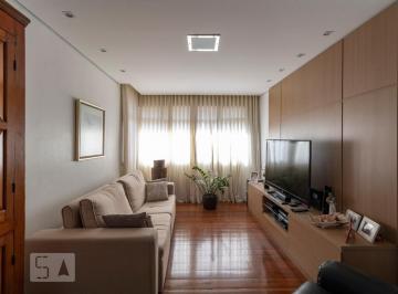 Apartamento · 300m² · 5 Quartos