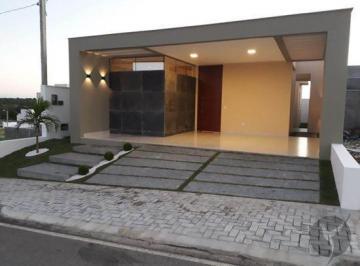 Casa · 116m² · 3 Quartos · 4 Vagas