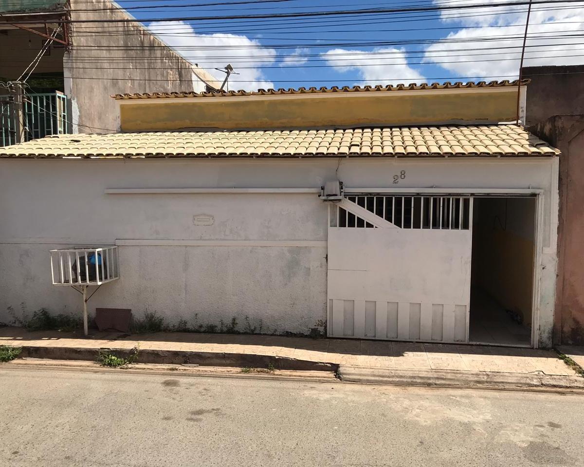 Casa à venda - no Jardim Roriz Quadra 4 Conjunto B