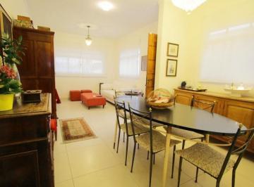 Casa · 115m² · 3 Quartos · 2 Vagas