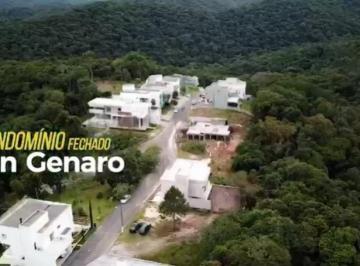Terreno · 465m²