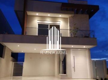 Casa · 280m² · 3 Quartos · 2 Vagas