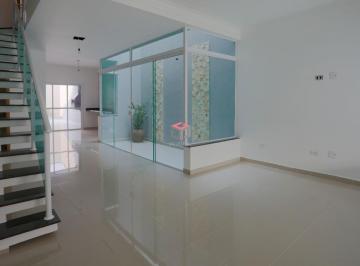 Casa · 175m² · 3 Quartos · 4 Vagas