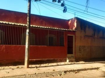 Casa · 275m² · 5 Quartos