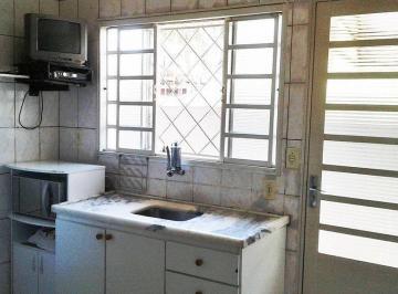 Casa · 90m² · 2 Quartos · 1 Vaga