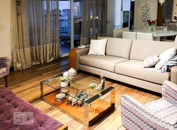 Apartamento · 203m² · 3 Quartos · 4 Vagas