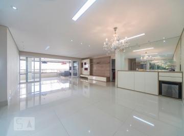 Apartamento · 236m² · 4 Quartos · 4 Vagas