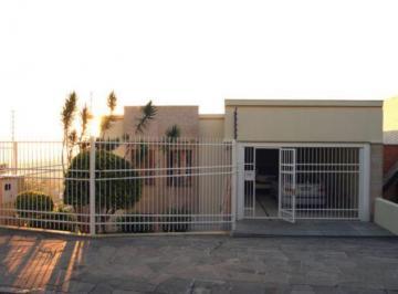 Casa · 484m² · 3 Quartos · 2 Vagas