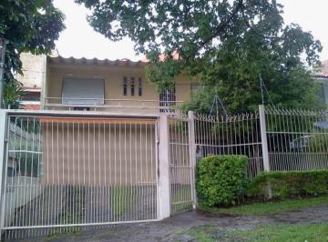Casa · 212m² · 3 Quartos · 3 Vagas