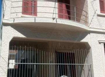 Casa · 198m² · 3 Quartos · 3 Vagas