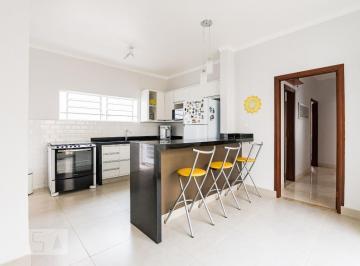 Casa · 170m² · 3 Quartos