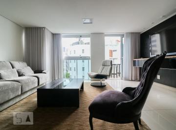 Apartamento · 90m² · 2 Quartos · 2 Vagas