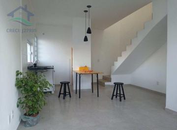 Casa · 76m² · 2 Quartos · 1 Vaga