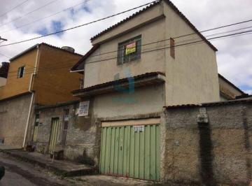 Casa · 155m² · 4 Quartos · 2 Vagas