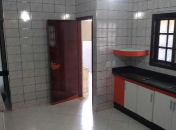 Casa · 184m² · 3 Quartos · 2 Vagas