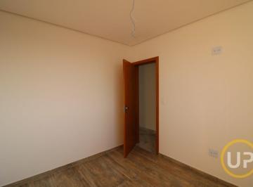 Casa · 63m² · 2 Quartos · 3 Vagas