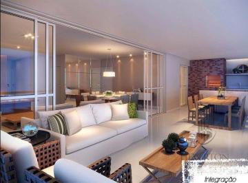 Apartamento · 223m² · 5 Quartos · 3 Vagas
