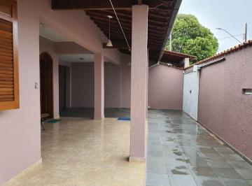 Casa · 186m² · 4 Quartos · 3 Vagas
