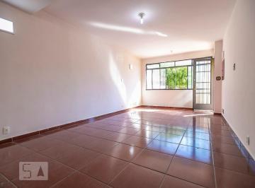 Casa · 168m² · 2 Quartos · 5 Vagas