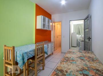 Casa · 35m² · 1 Quarto · 1 Vaga