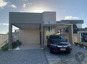 Casa · 215m² · 4 Quartos · 4 Vagas