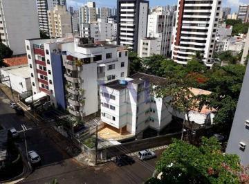 Apartamento · 212m² · 4 Quartos · 3 Vagas