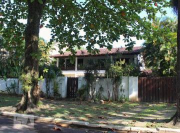 Casa · 478m² · 4 Quartos · 4 Vagas