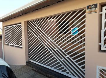 Garagem com acesso por portão eletrônico
