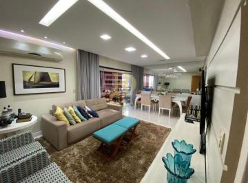 Apartamento · 135m² · 7 Quartos · 3 Vagas