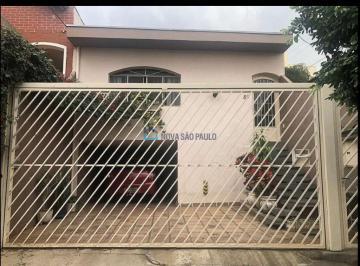 Casa · 105m² · 3 Quartos · 3 Vagas