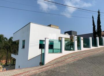 Casa · 260m² · 2 Quartos