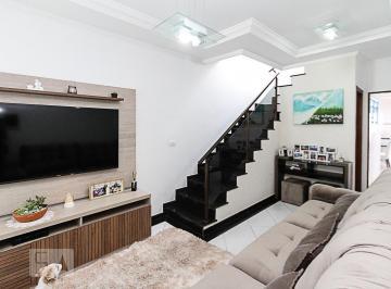 Casa · 110m² · 3 Quartos · 2 Vagas