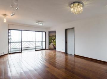 Apartamento · 320m² · 3 Quartos · 4 Vagas
