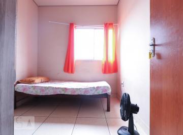 Casa · 80m² · 7 Quartos