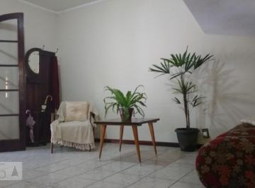 Casa · 130m² · 4 Quartos · 1 Vaga