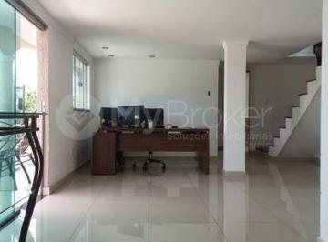 Casa · 360m² · 5 Quartos · 6 Vagas