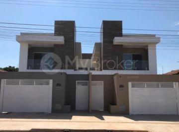 Casa · 210m² · 3 Quartos · 4 Vagas