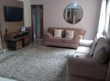 Apartamento · 215m² · 4 Quartos · 2 Vagas