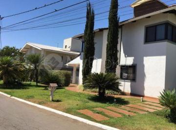 Casa · 986m² · 4 Quartos · 6 Vagas