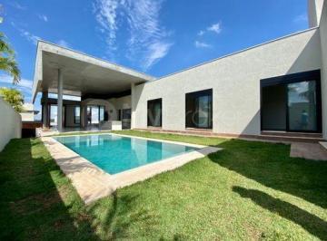 Casa · 720m² · 4 Quartos · 4 Vagas